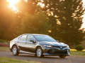 BUY THIS: 2018 Toyota Camry Hybrid LE