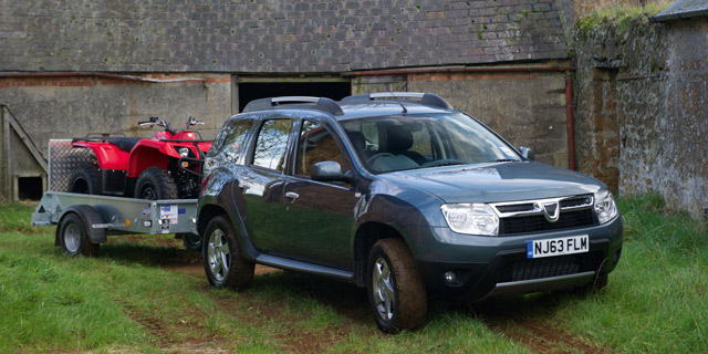 dacia duster now available with eight wheel drive motoring research. Black Bedroom Furniture Sets. Home Design Ideas