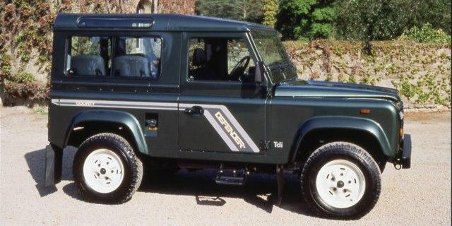 3_Land_Rover_Defender