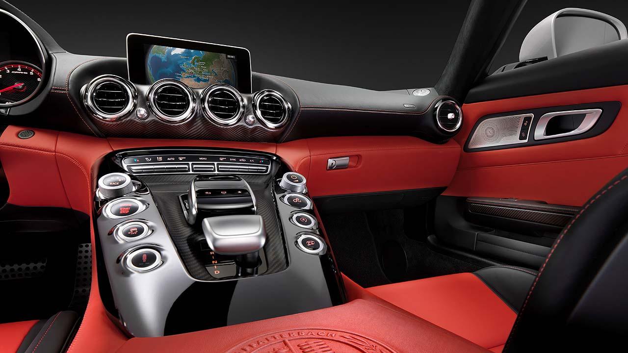 Mercedes-AMG GT interior 02