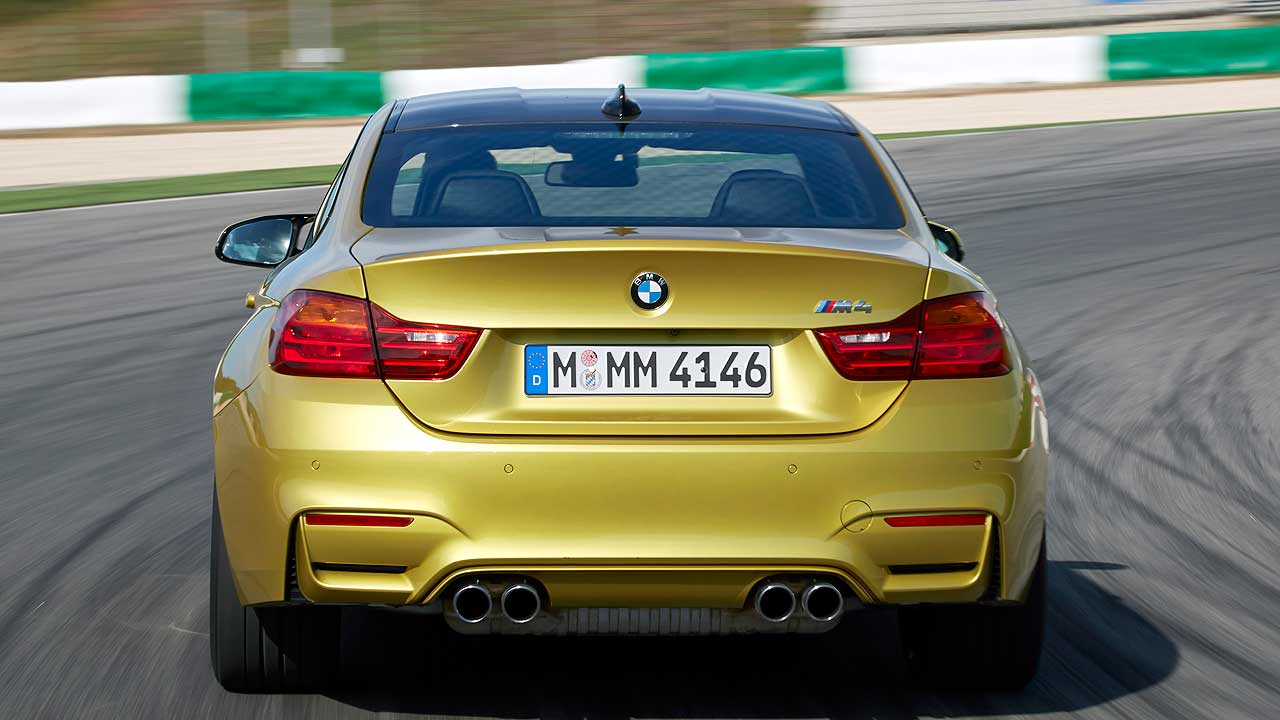 BMW-M4-Coupe_042