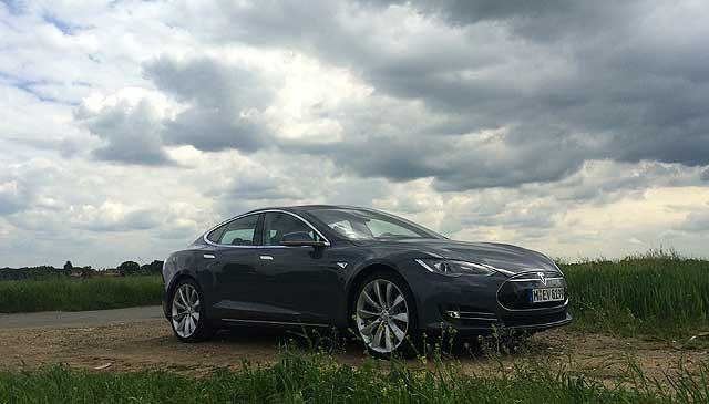 MR Tesla Model S Richard