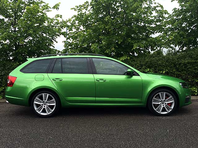 Skoda Octavia vRS long term review intro 005