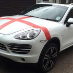 Porsche-driving England fan gives Cayenne a World Cup makeover
