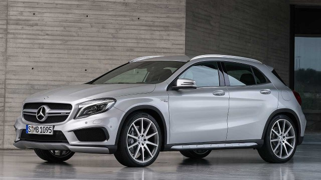 Mercedes-Benz-GLA-2015-COTY