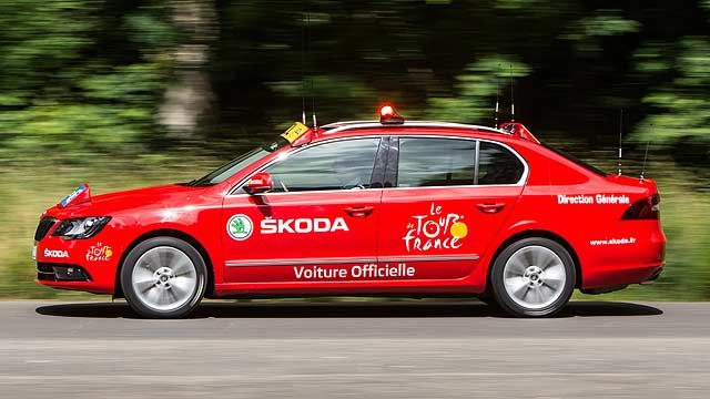 tour de france 2014 the car in front is a skoda again motoring research. Black Bedroom Furniture Sets. Home Design Ideas