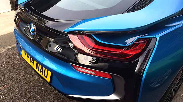 Motoring Research BMW i8 UK review 005