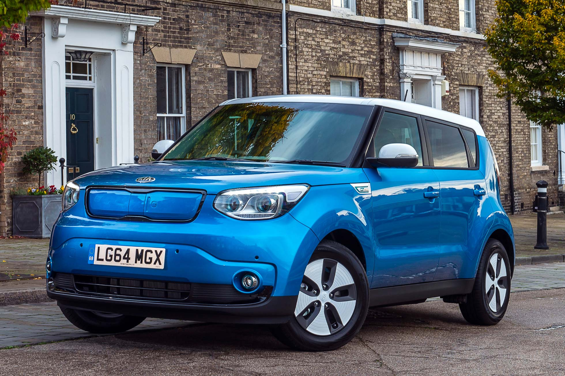 kia soul ev 2015 first drive review motoring research. Black Bedroom Furniture Sets. Home Design Ideas