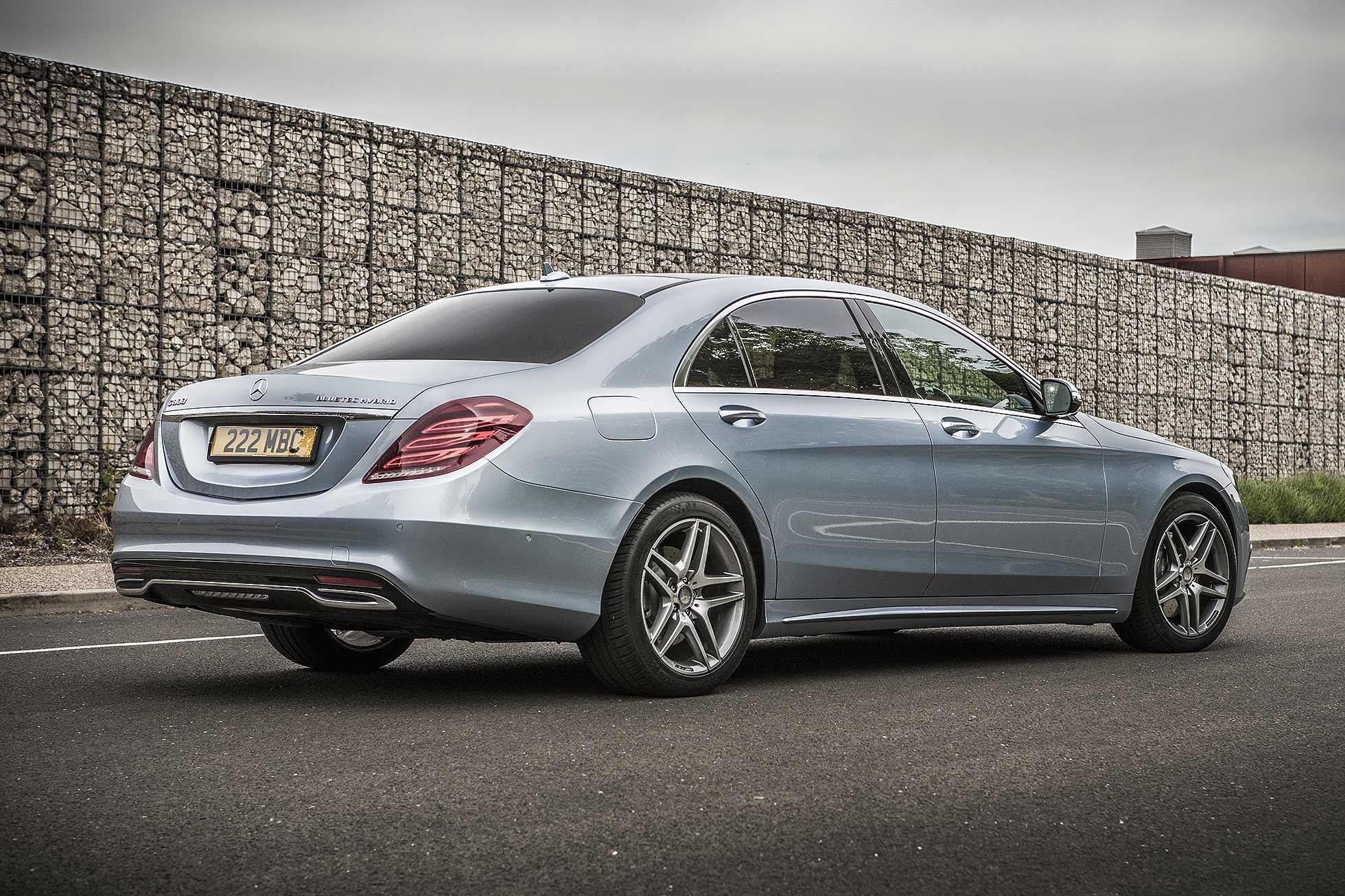 Mercedes benz s 300 bluetec hybrid motoring research for Blue tech mercedes benz