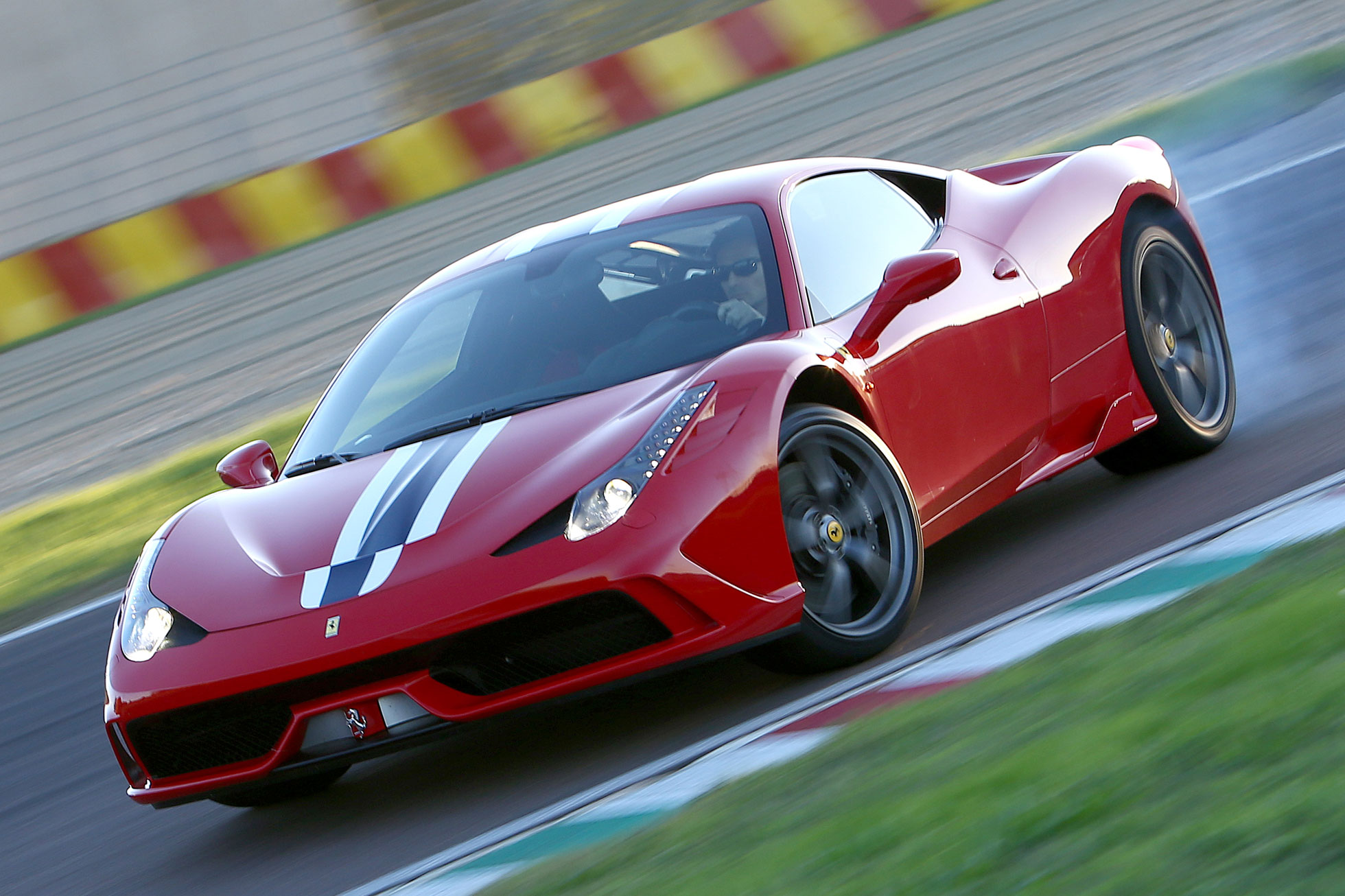 "Ferrari 458 Speciale buyers told ""pay more or lose out"""