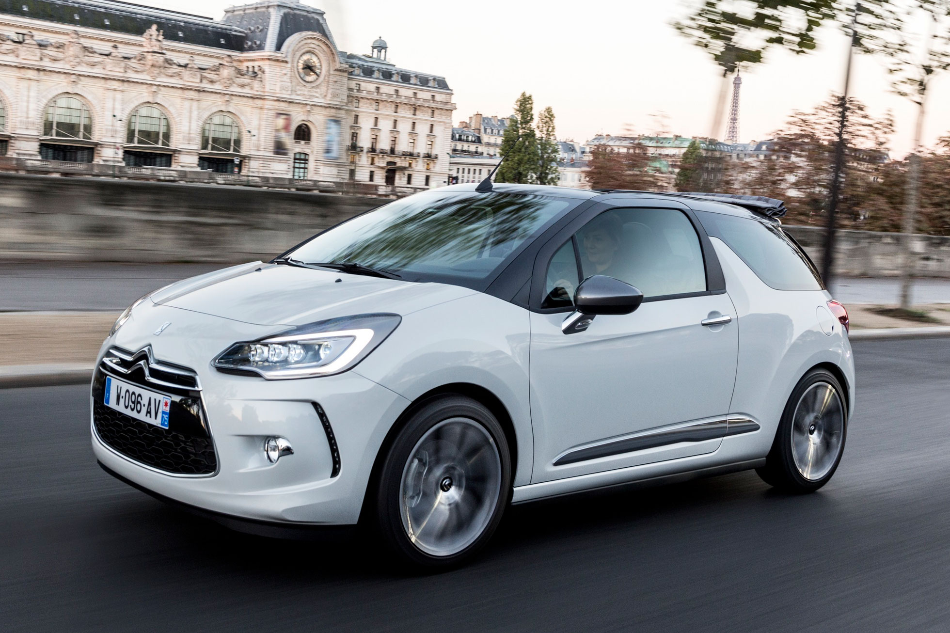 citroen ds3 2015 first drive review motoring research. Black Bedroom Furniture Sets. Home Design Ideas
