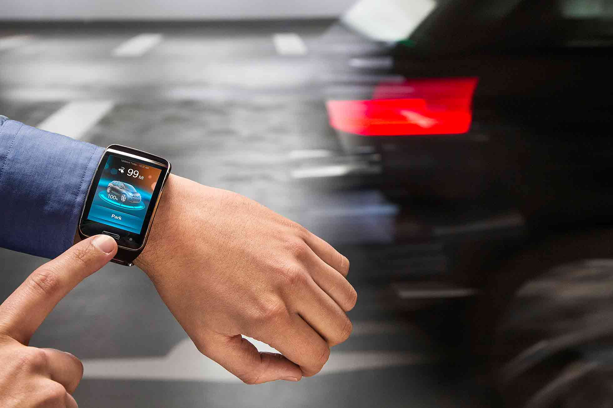 BMW car parking via smartwatch