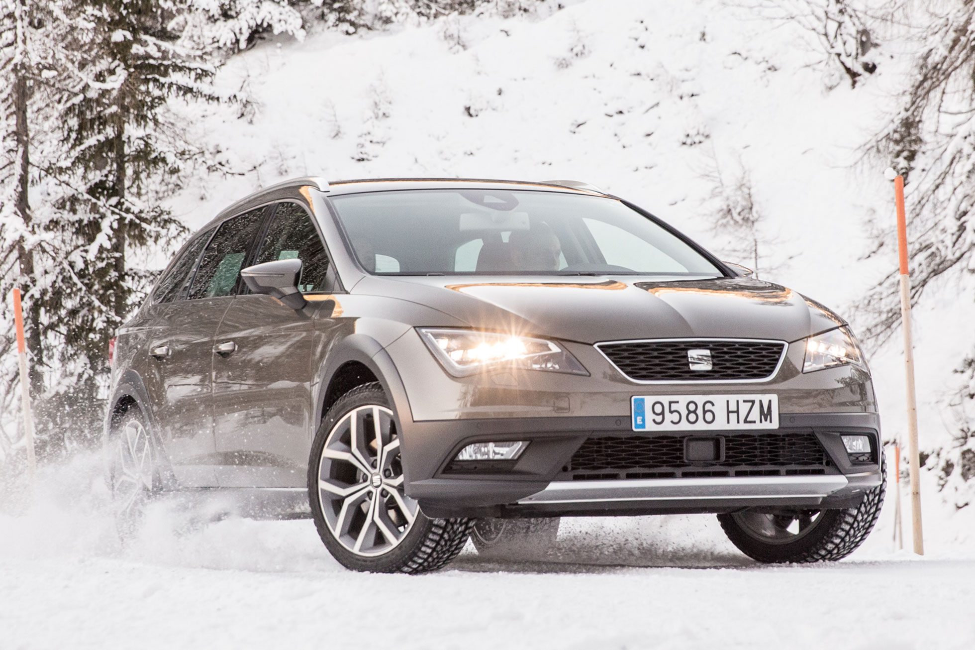 seat leon x perience 2015 first drive review motoring research. Black Bedroom Furniture Sets. Home Design Ideas