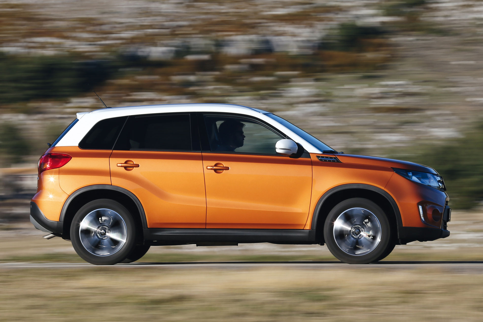 suzuki vitara review 2015 first drive motoring research. Black Bedroom Furniture Sets. Home Design Ideas