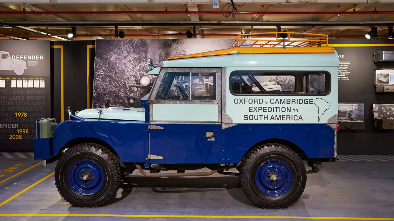Land Rover Defender Celebration Line