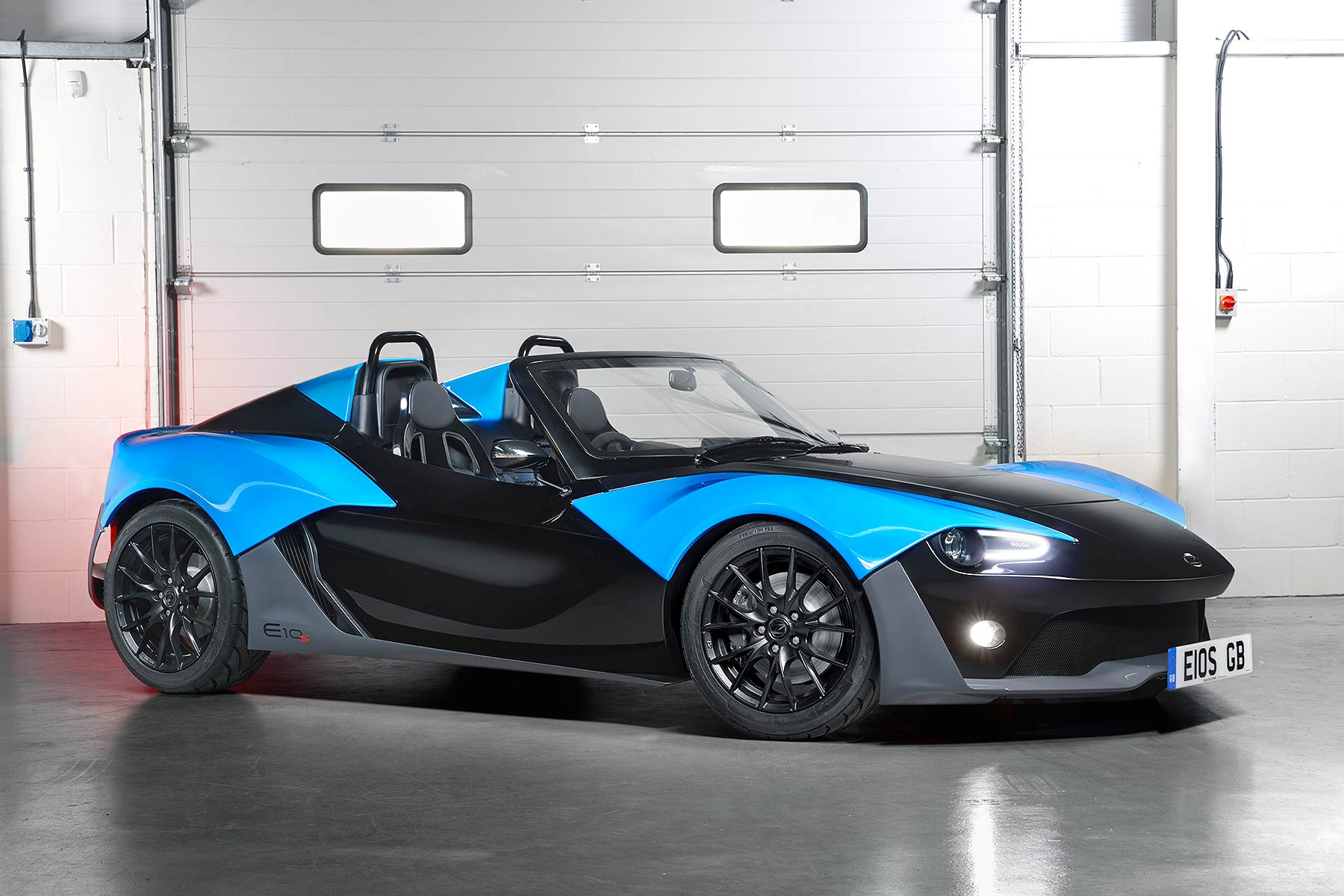 Zenos E10 S Review 2015 First Drive Motoring Research