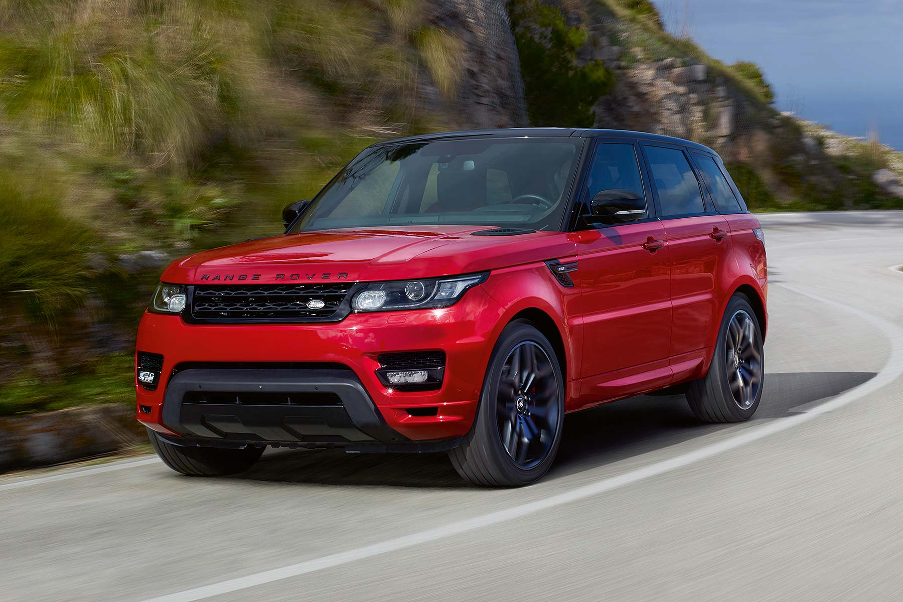 range rover sport hst to debut in new york motoring research. Black Bedroom Furniture Sets. Home Design Ideas