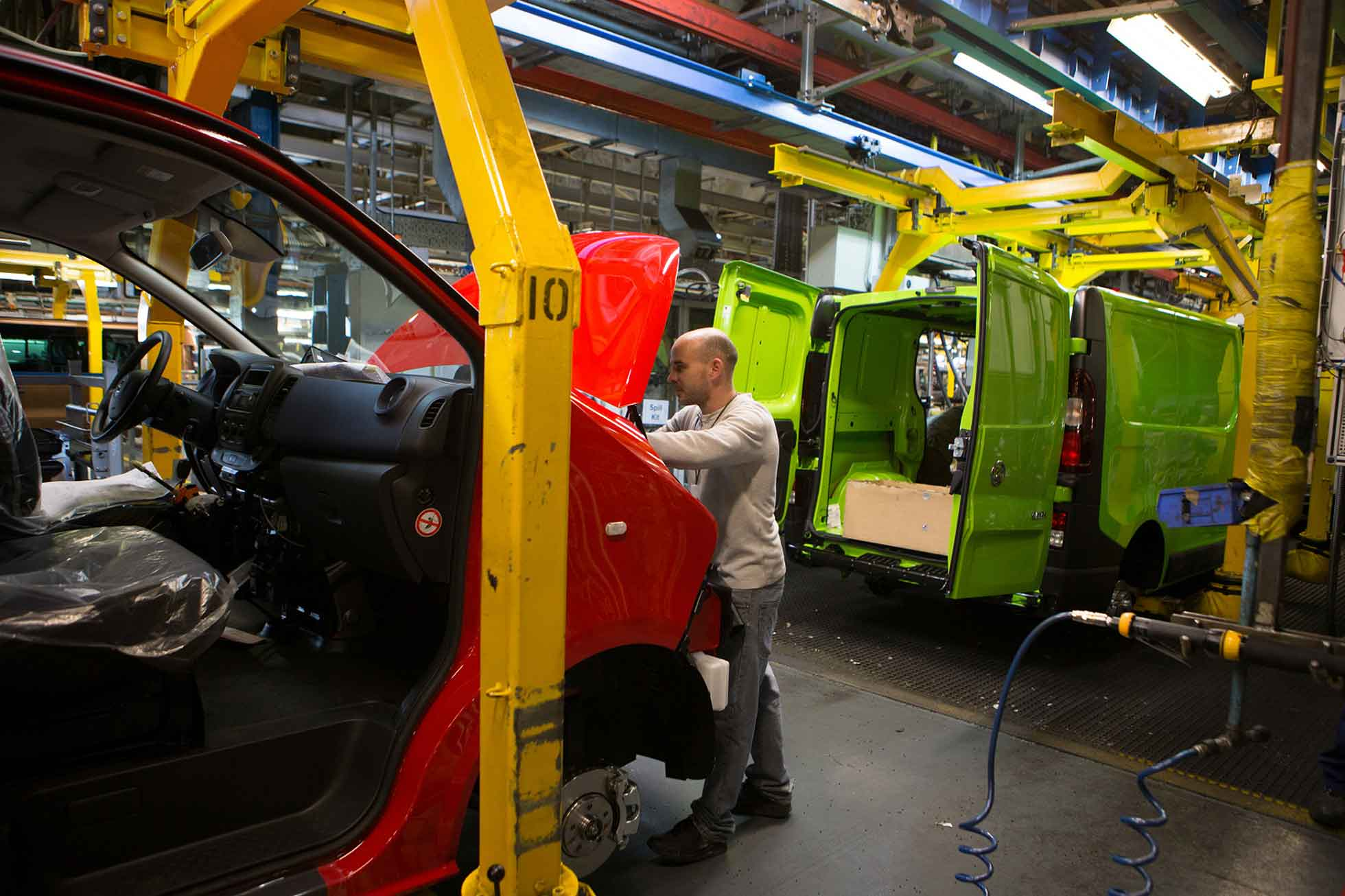Vauxhall Vivaro production line
