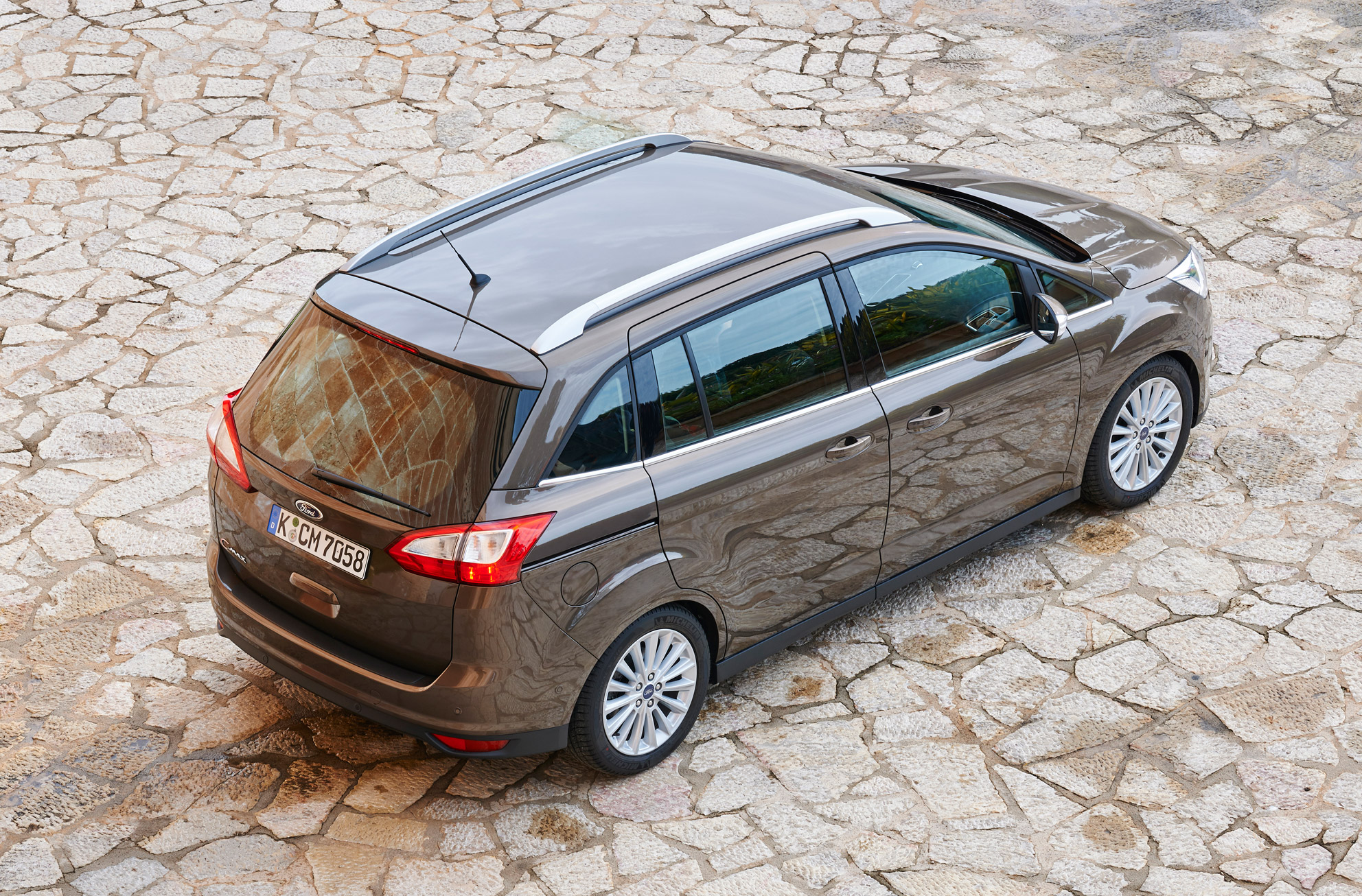 Ford Grand C Max review 2015 first drive