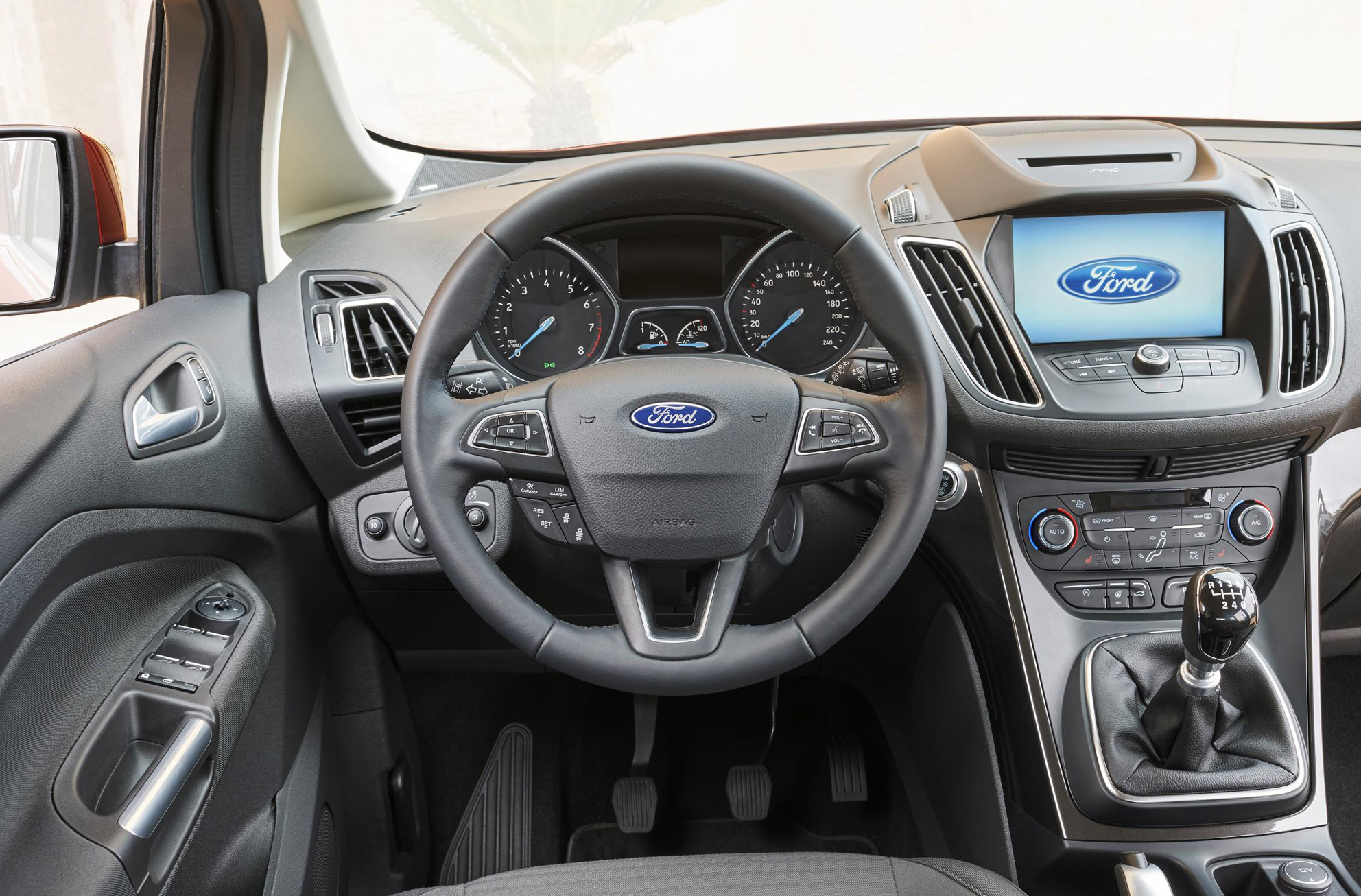 ford grand c max review 2015 first drive motoring research. Black Bedroom Furniture Sets. Home Design Ideas
