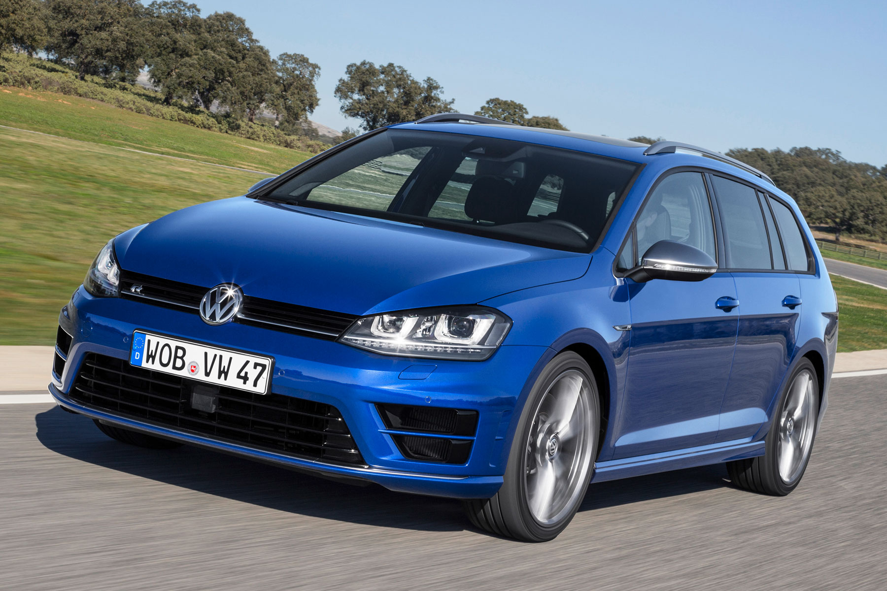 volkswagen golf r estate review 2015 first drive. Black Bedroom Furniture Sets. Home Design Ideas