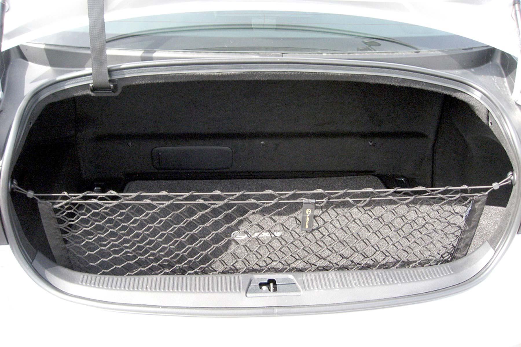 Lexus GS 450h trunk