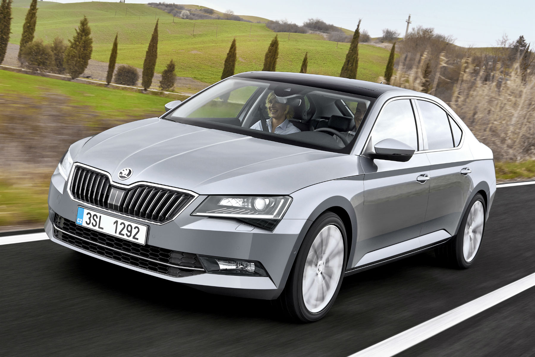skoda superb review 2015 first drive. Black Bedroom Furniture Sets. Home Design Ideas