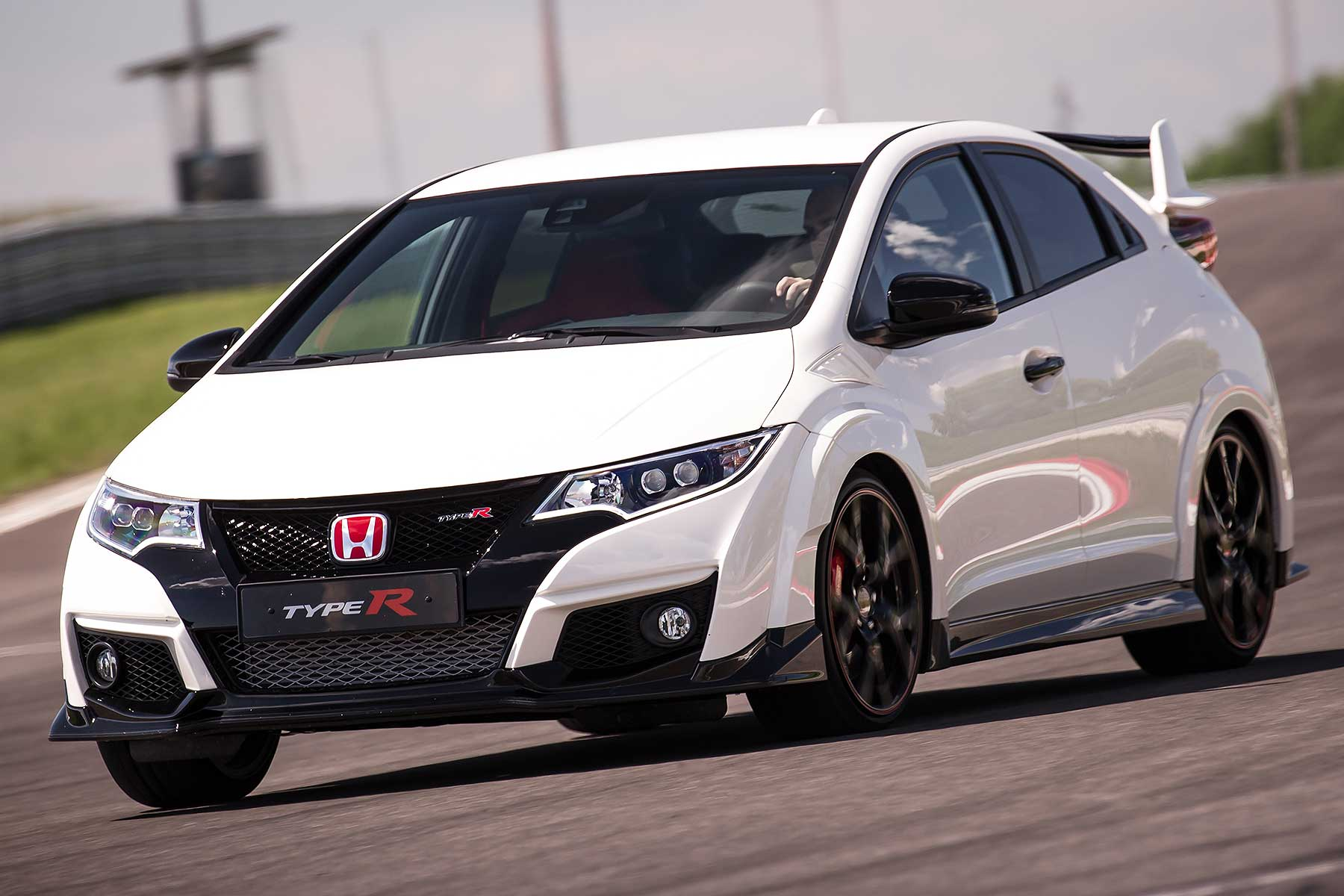 honda civic type r review 2015 first drive motoring. Black Bedroom Furniture Sets. Home Design Ideas