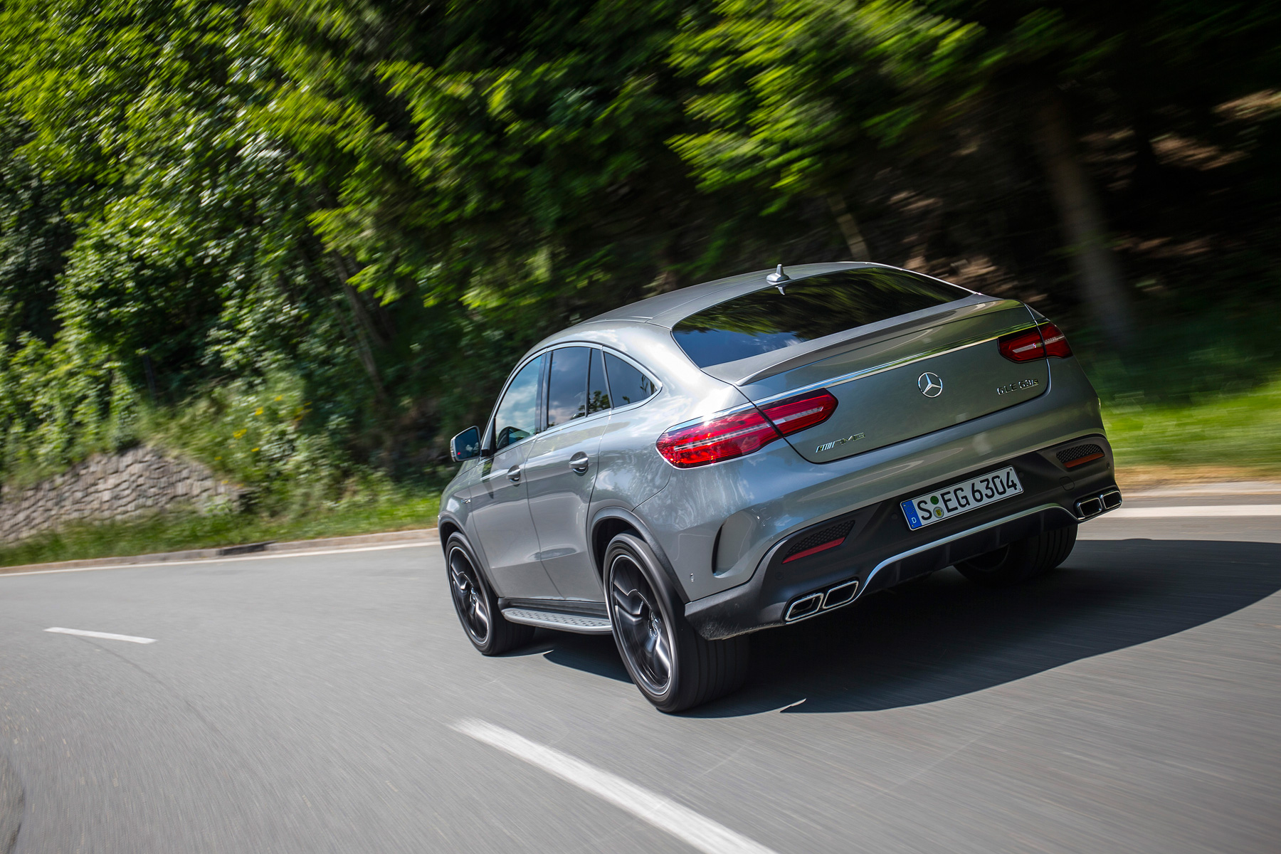 04_Mercedes-AMG_GLE_63_S_Coupe