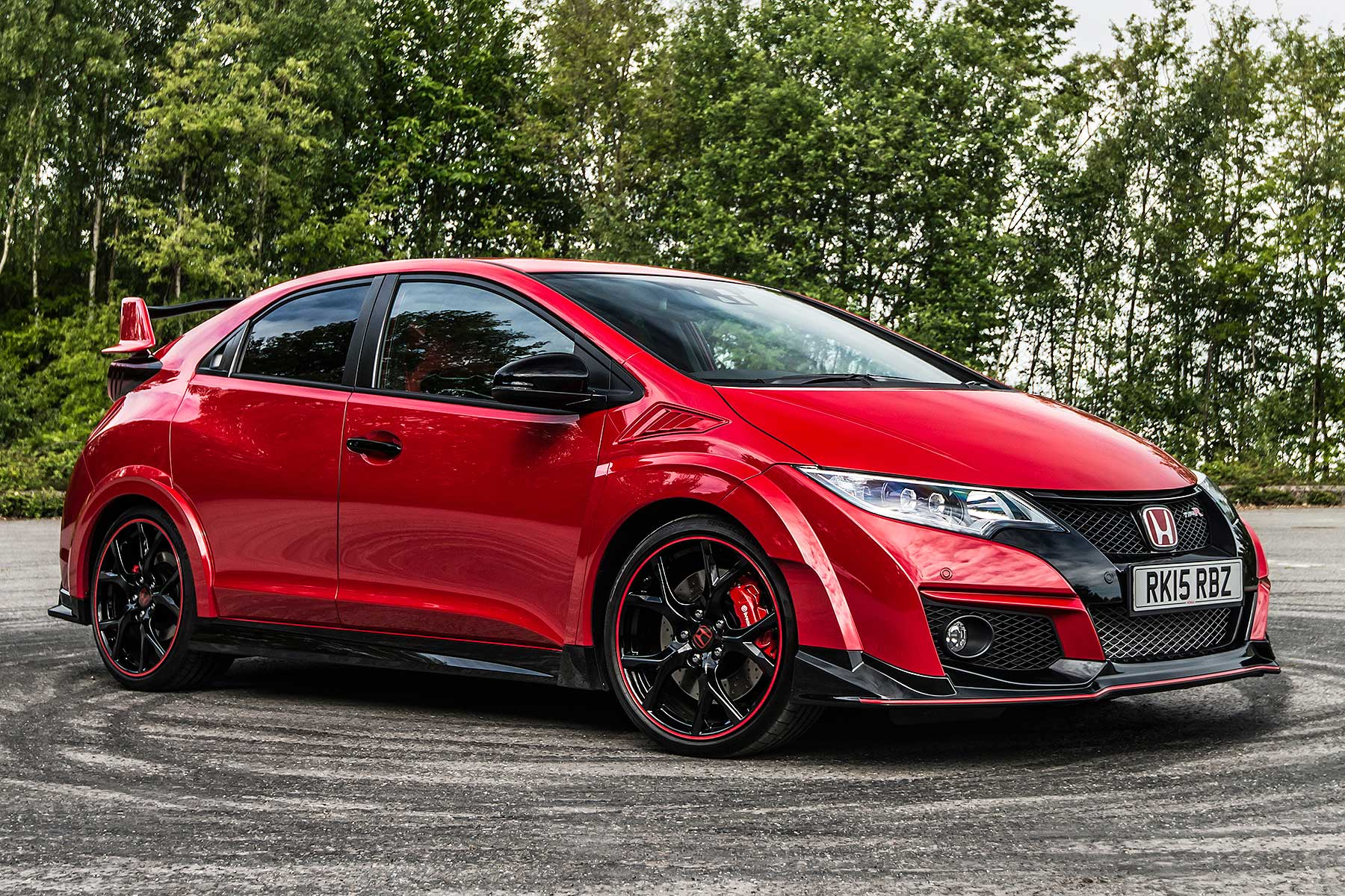 7 ways the honda civic type r rewrites the hot hatch. Black Bedroom Furniture Sets. Home Design Ideas