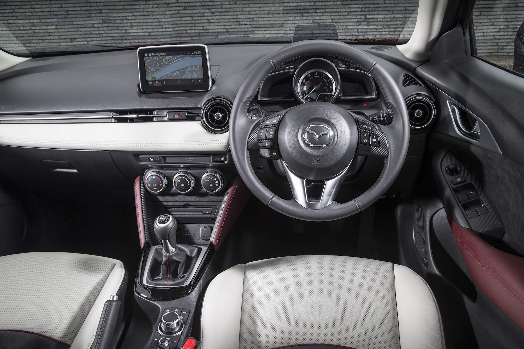 Mazda CX-3: On the inside