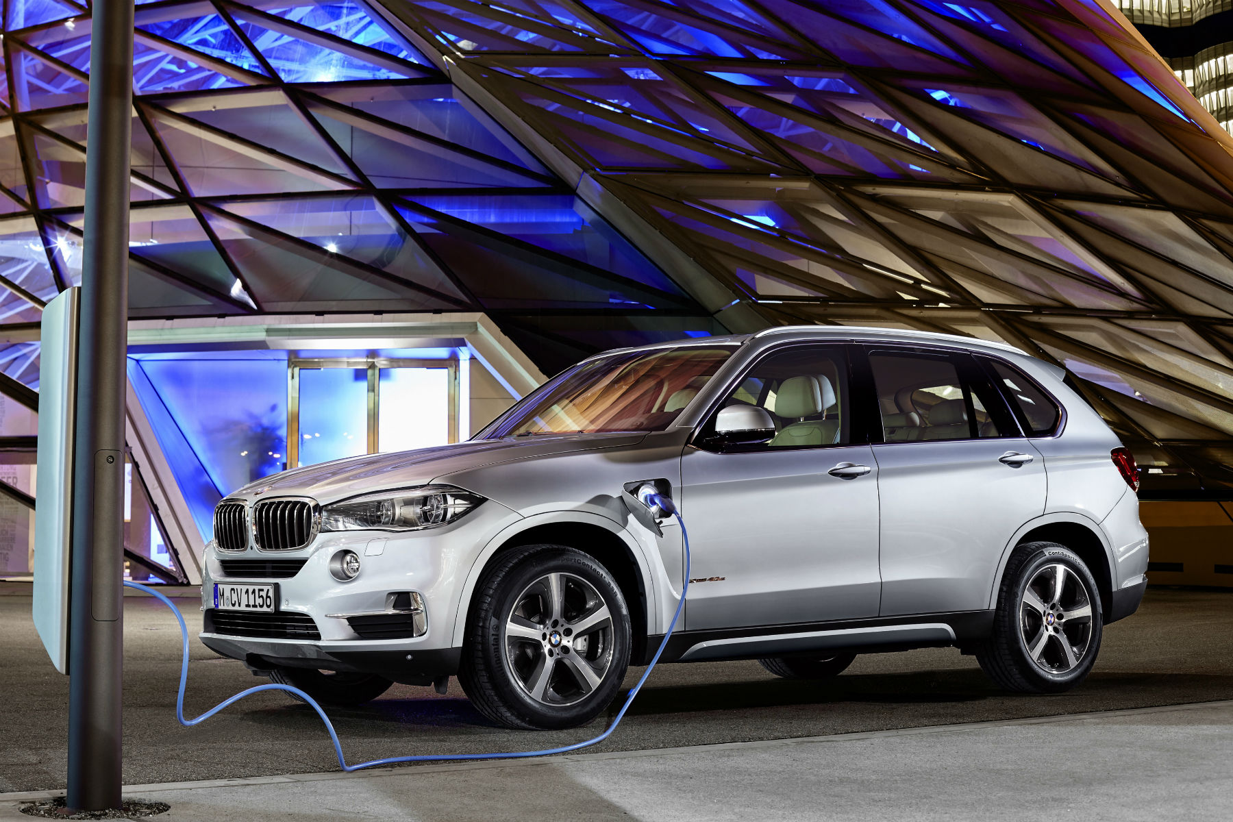 BMW X5 xDrive40e: running costs