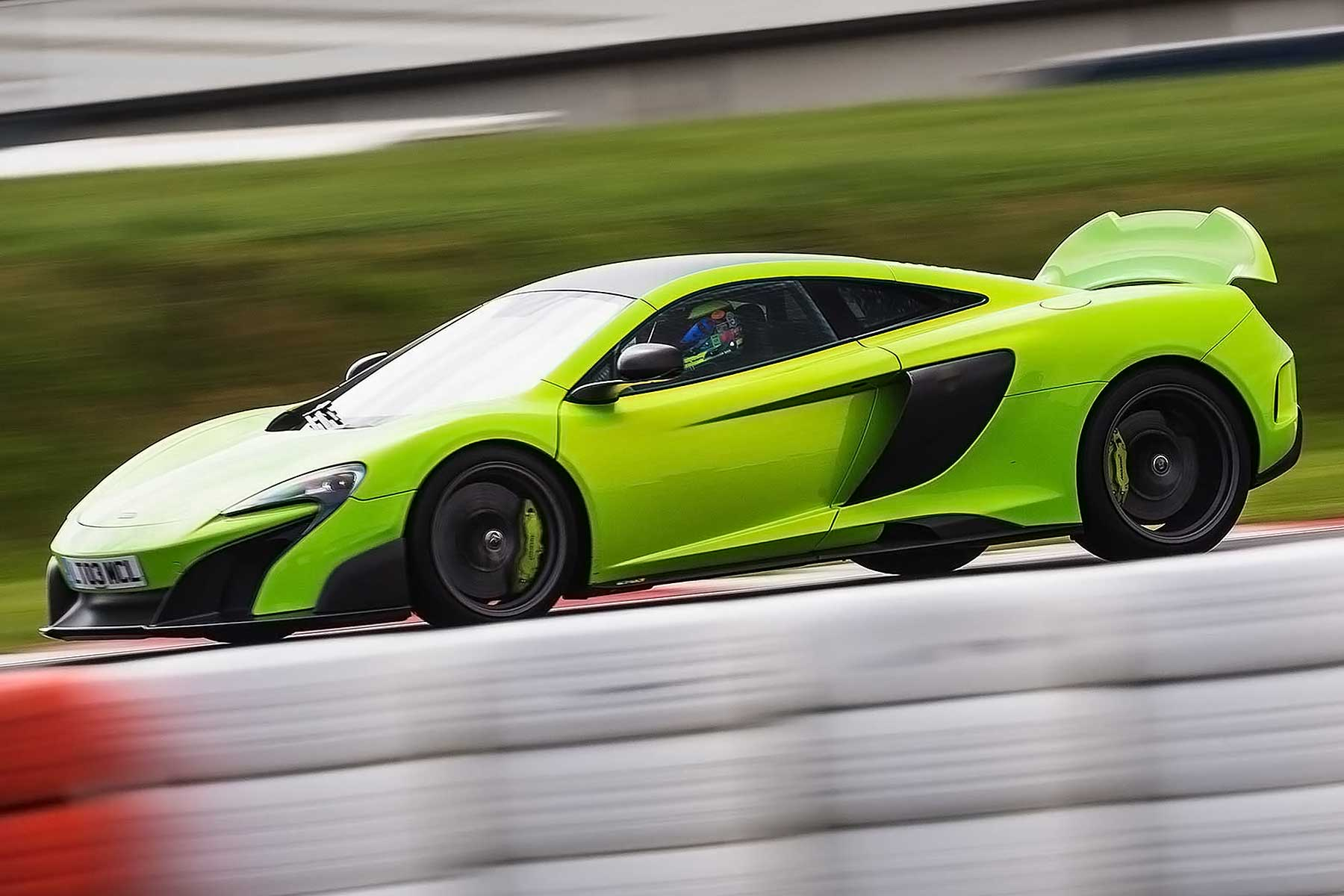 McLaren 675LT 2015 review