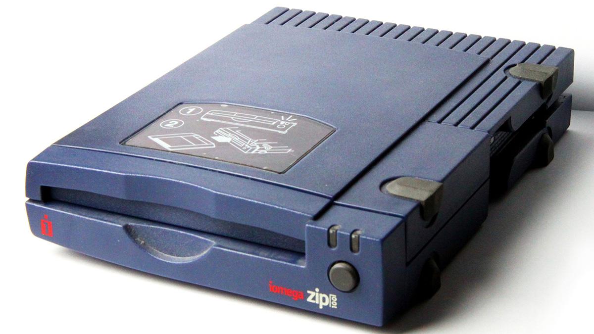 04-zip-drives