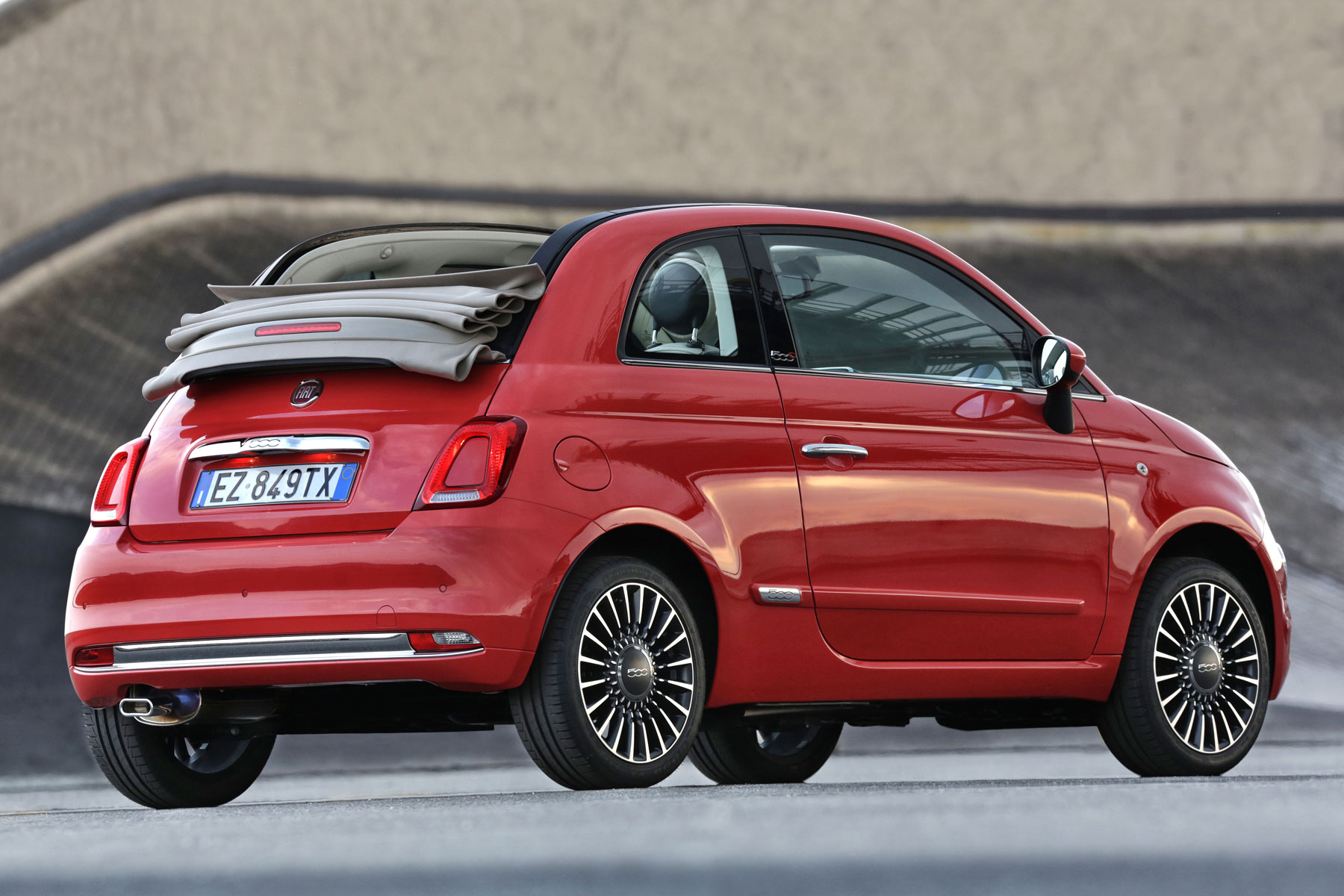2015 Fiat 500: running costs