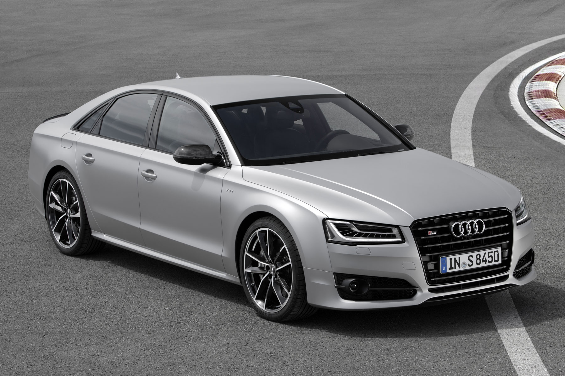 Audi reveals 605hp S8 Plus that'll hit 62mph in 3.8 seconds