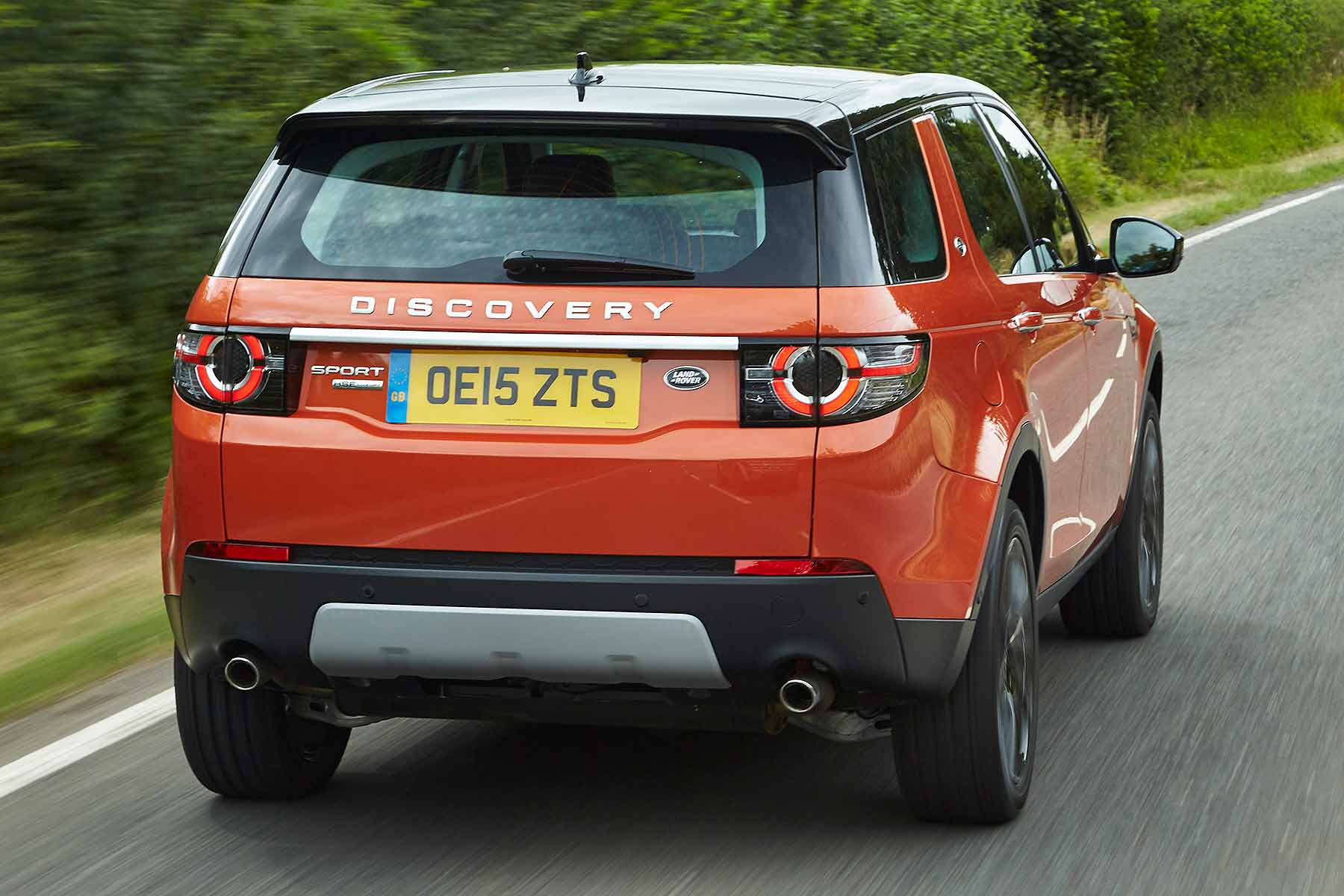 land rover discovery sport td4 180 review 2015 first drive motoring research. Black Bedroom Furniture Sets. Home Design Ideas