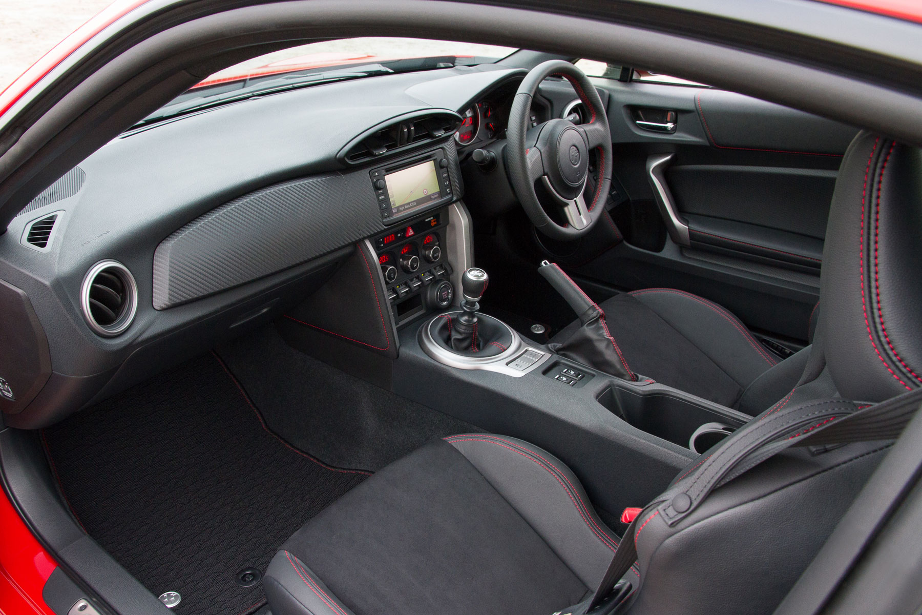 Toyota GT86: on the inside