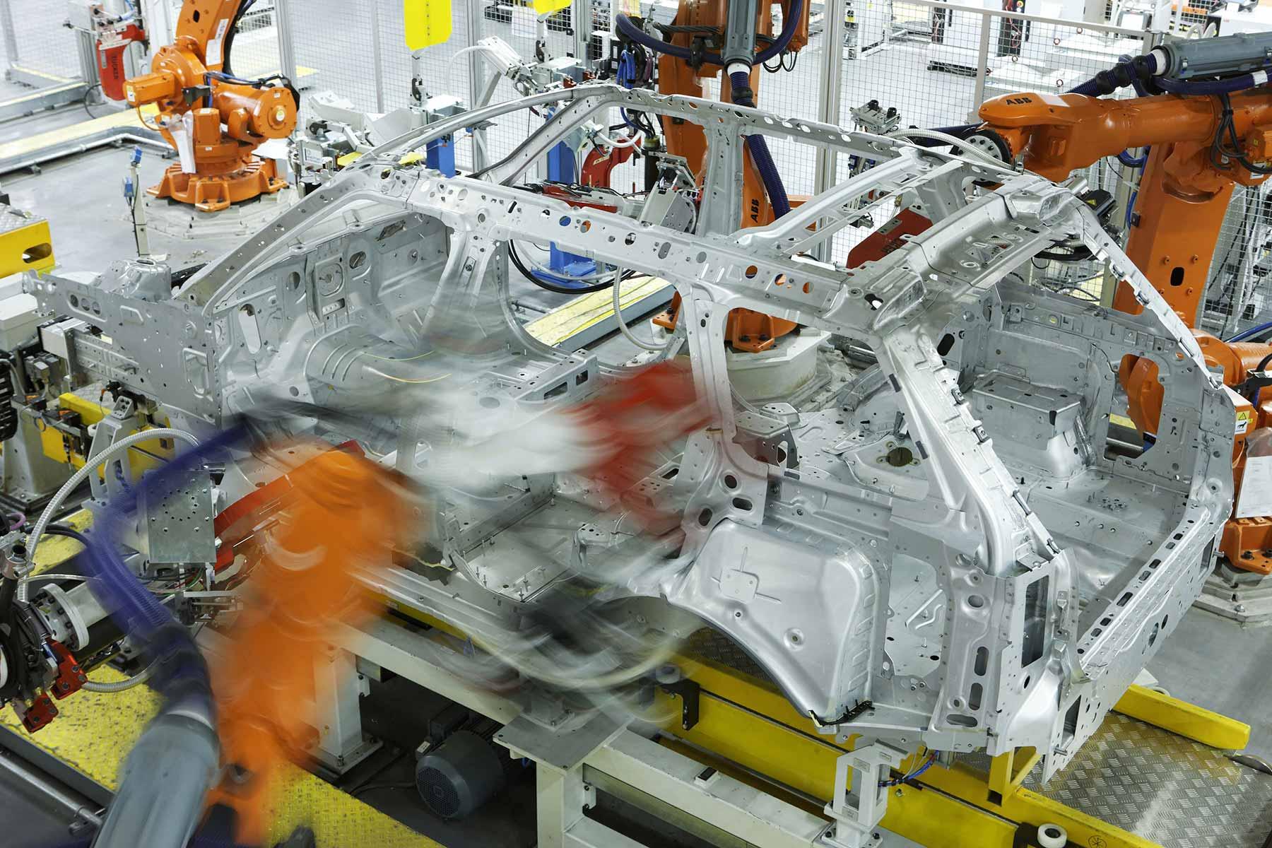 JLR aluminium car plant