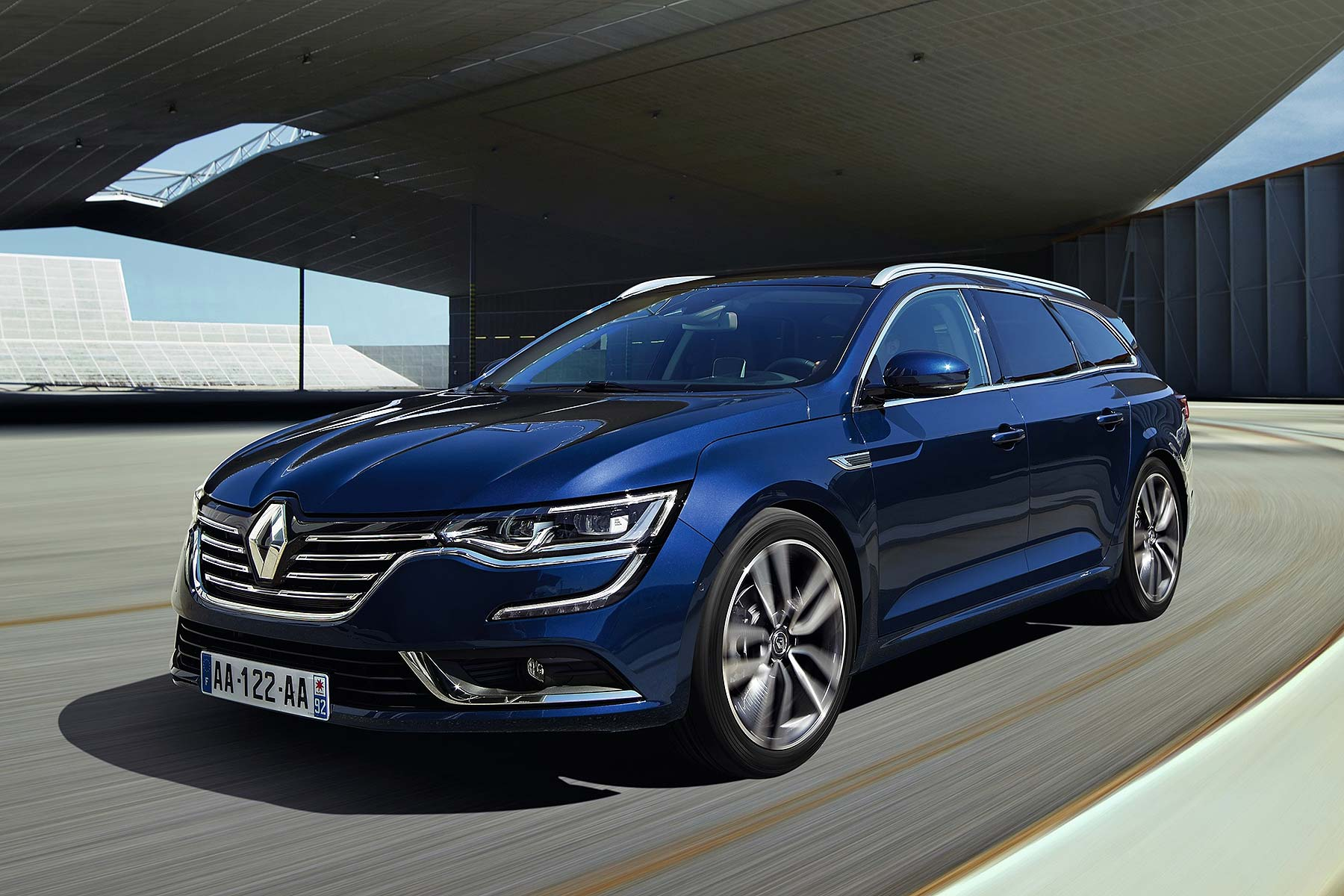 renault talisman estate revealed but it is not for britain motoring research. Black Bedroom Furniture Sets. Home Design Ideas