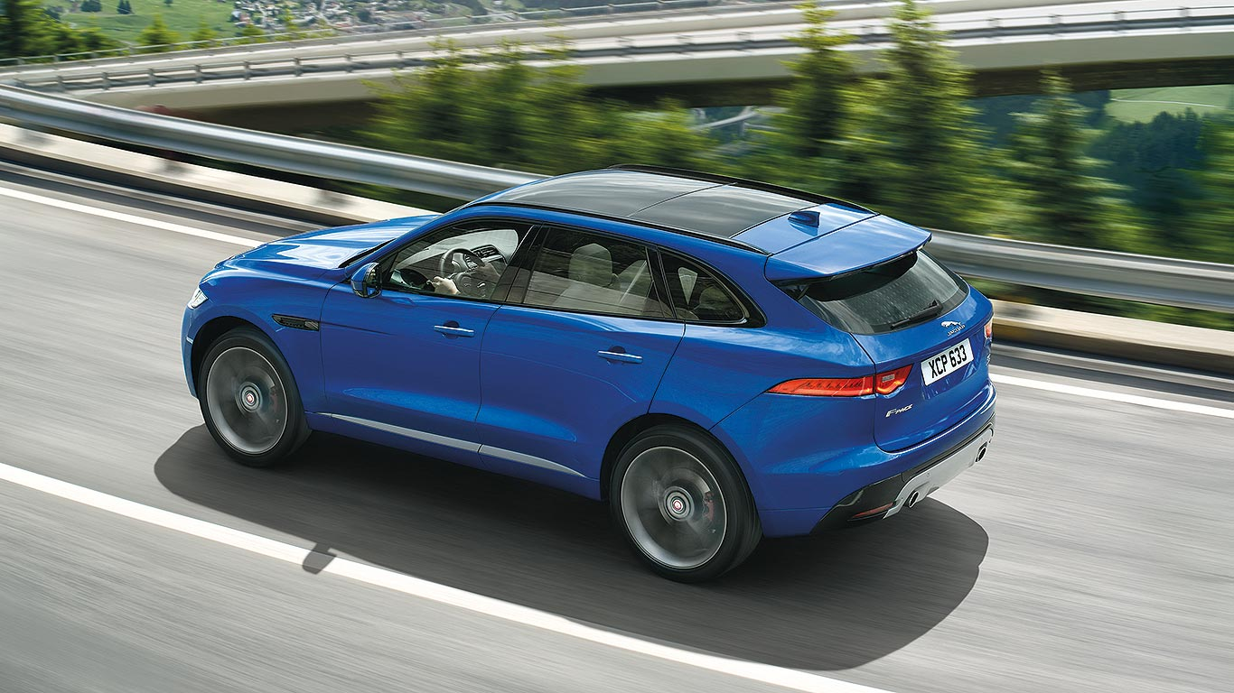 jaguar f pace suv revealed jaguar has made a 4x4. Black Bedroom Furniture Sets. Home Design Ideas