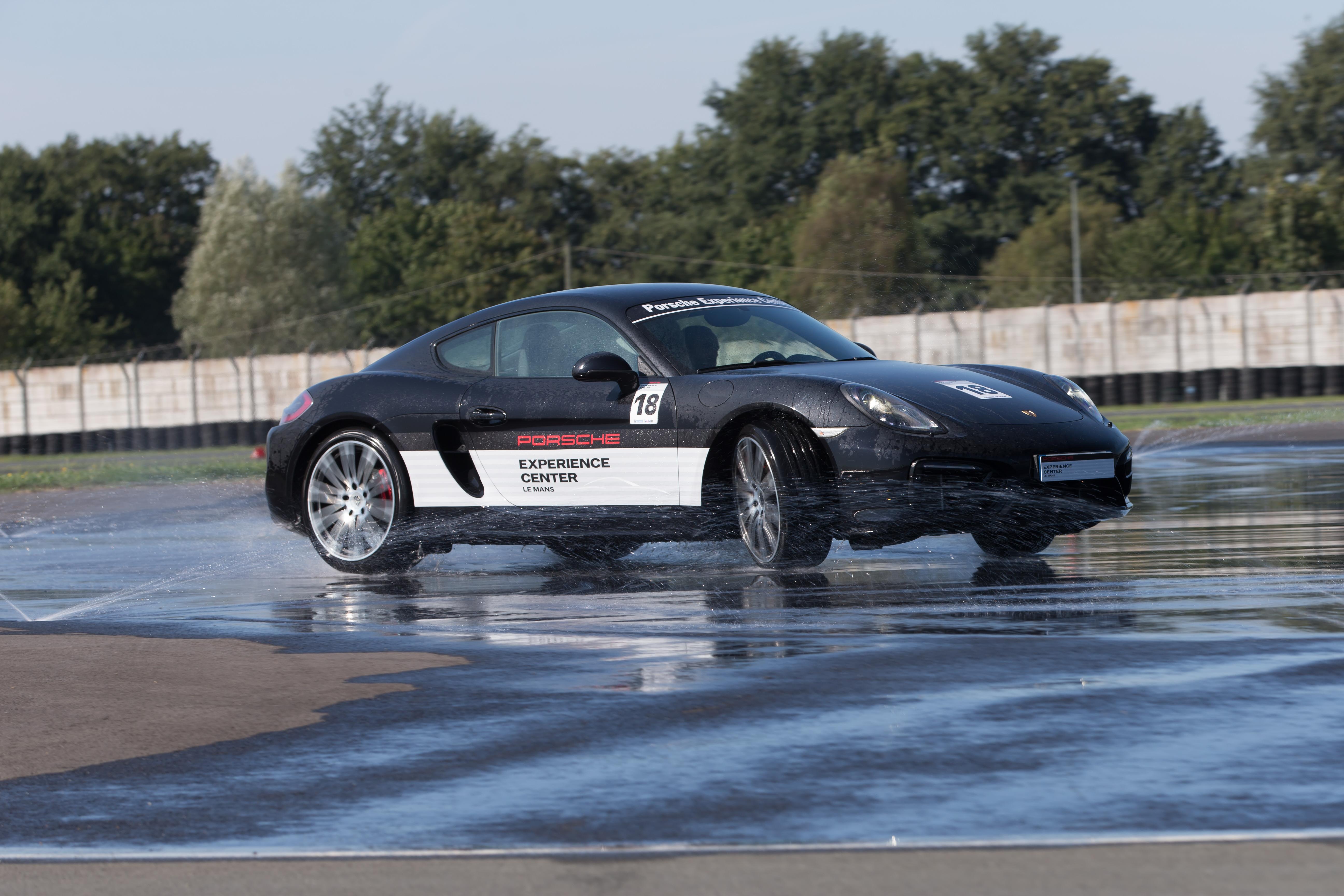 Porsche Experience Centre – Le Mans