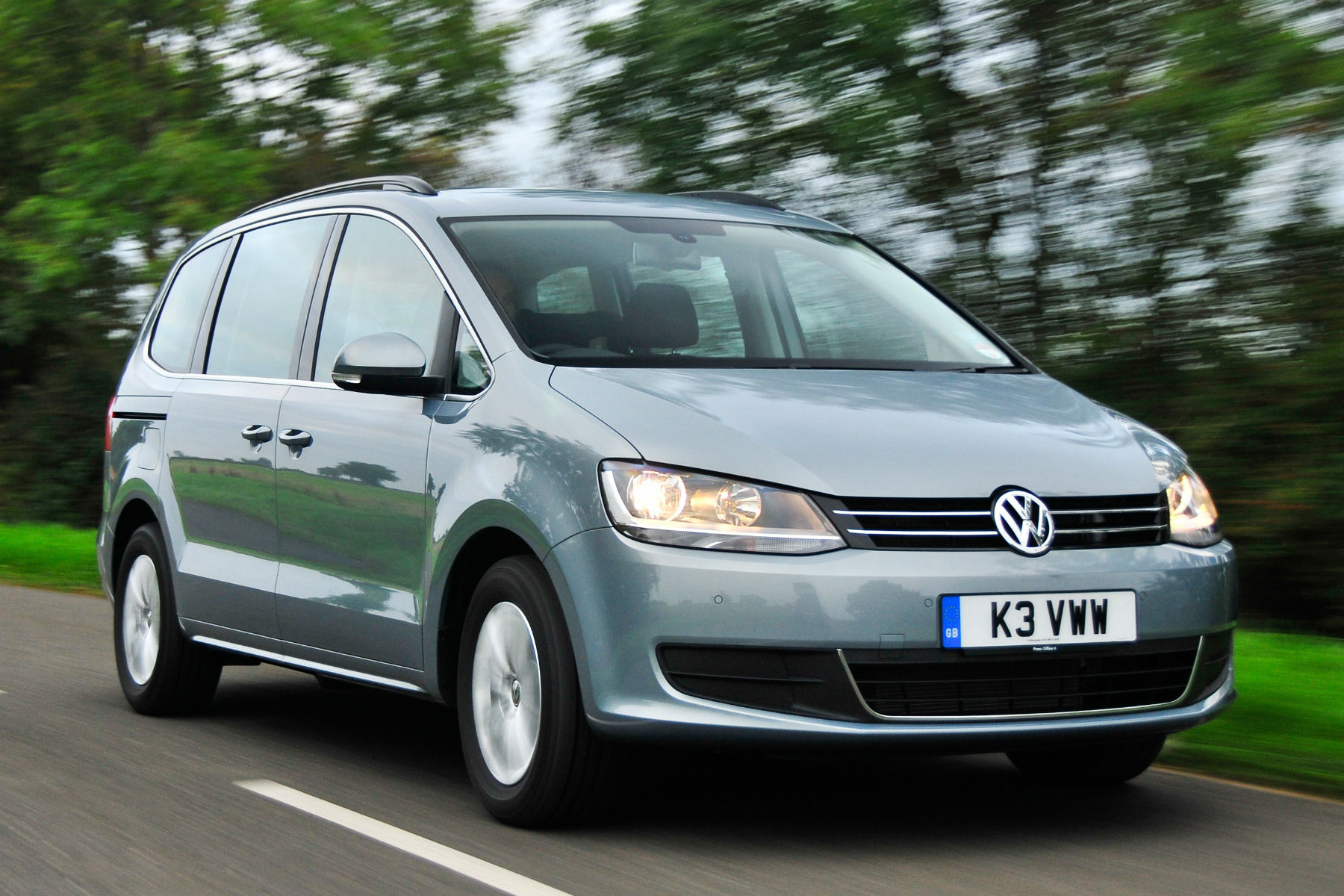 UK Volkswagen sales down 20% in November 2015