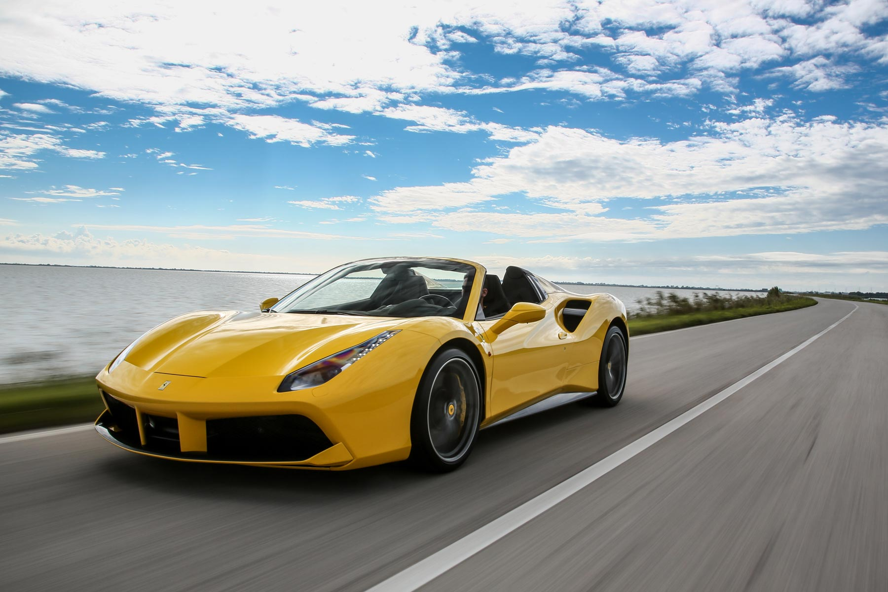 2016 Ferrari 488 Spider: On the road