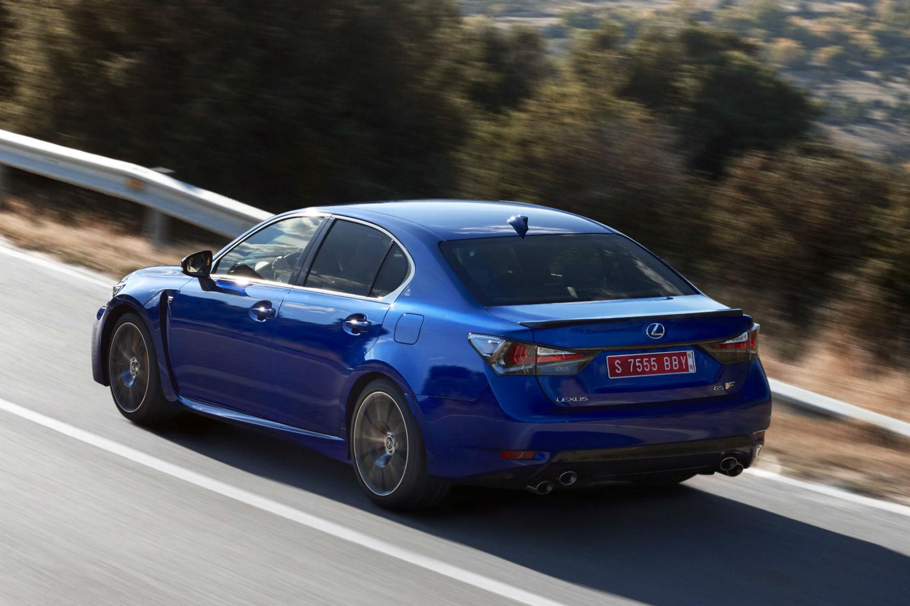 Lexus_GS-F_Blue_09