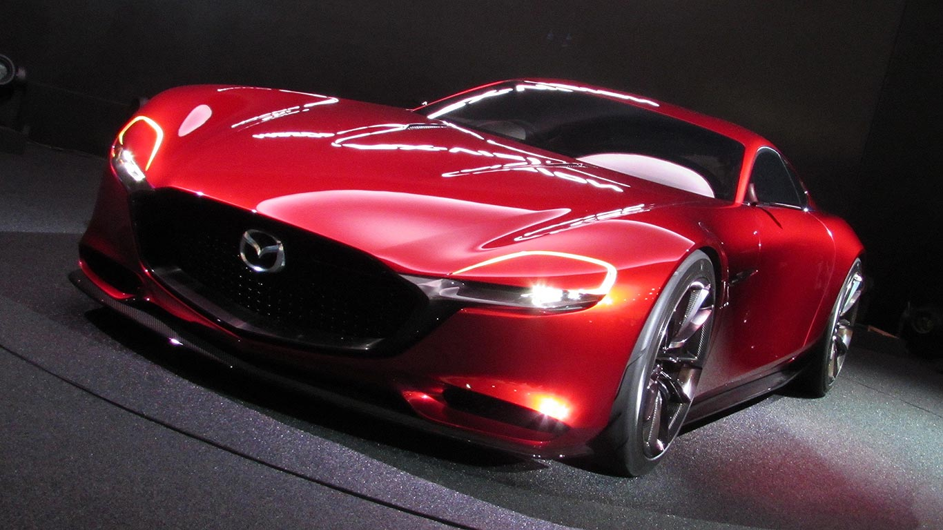 Mazda's RX-Vision rotary-engined concept car makes the internet go 'phwoar'
