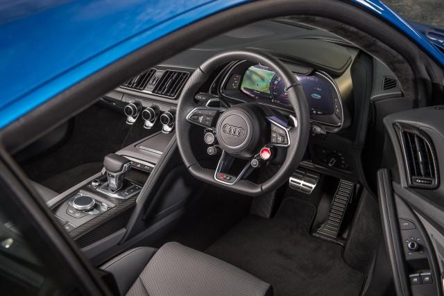 6_Audi_R8_2016