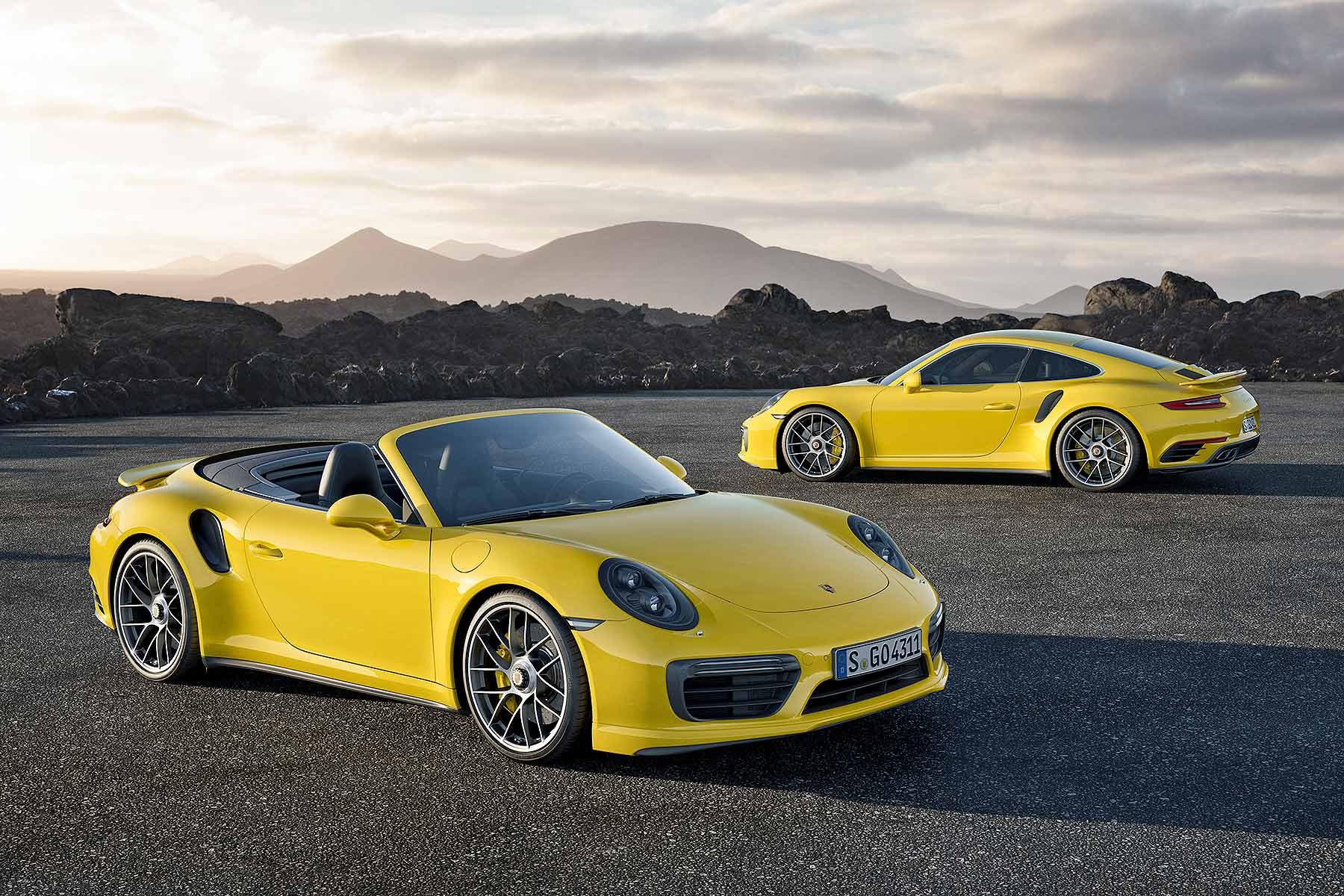 2016 Porsche 911 Turbo and Turbo S