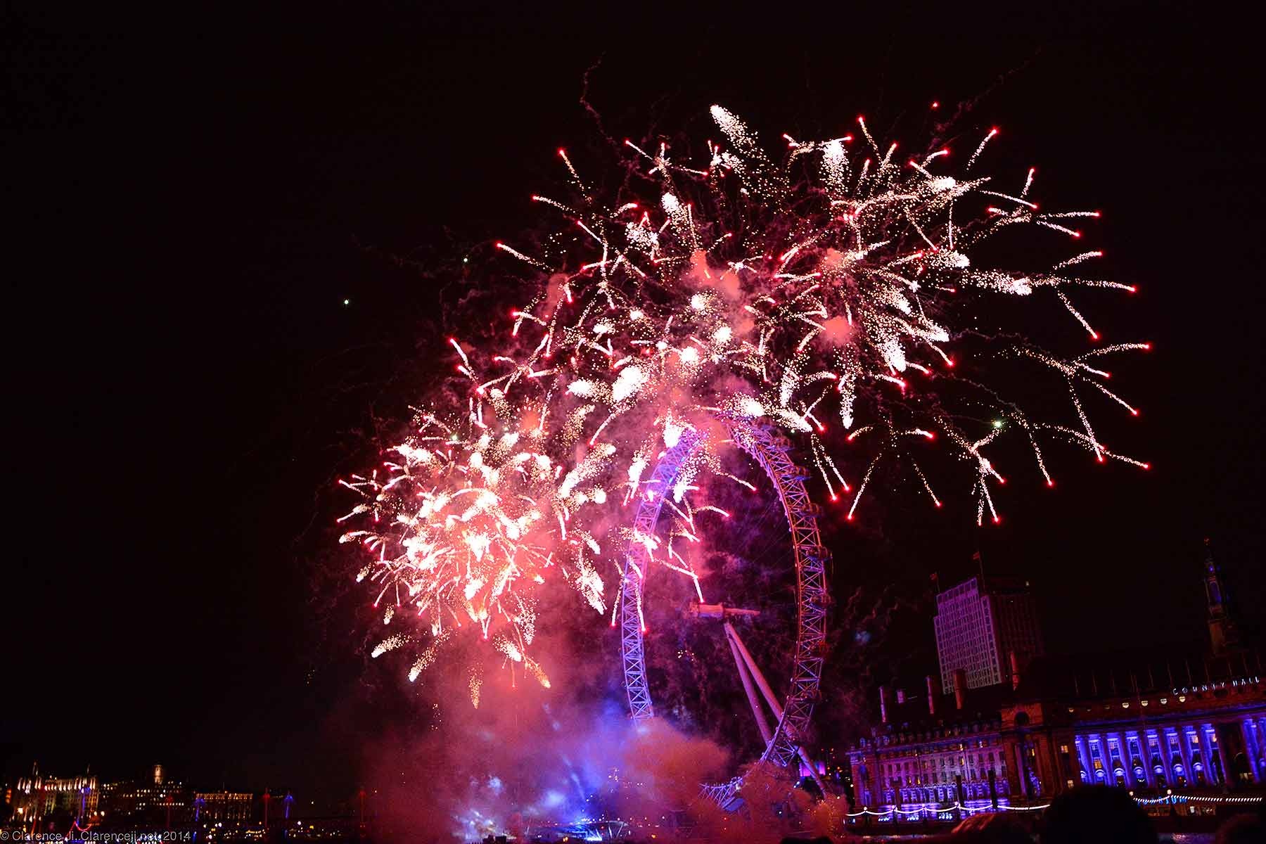 New Year's 2014 Fireworks London Eye
