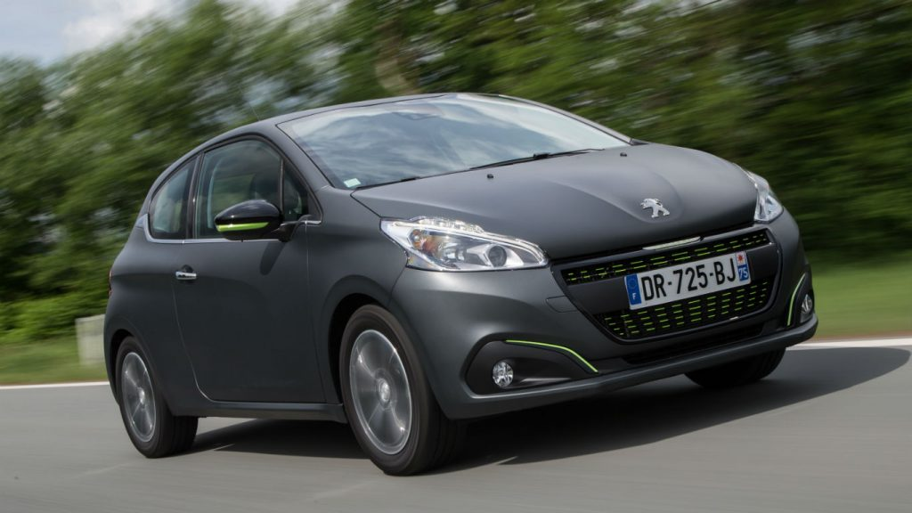 peugeot 208 two minute road test motoring research. Black Bedroom Furniture Sets. Home Design Ideas